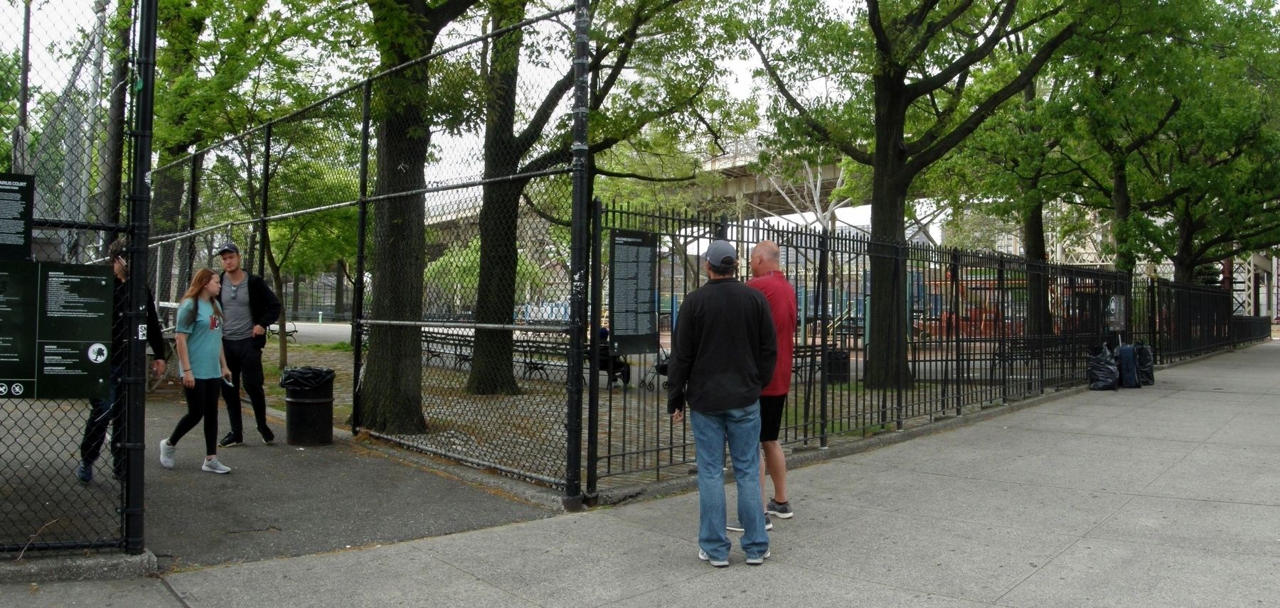 Holcomb Rucker Park and marker image. Click for full size.
