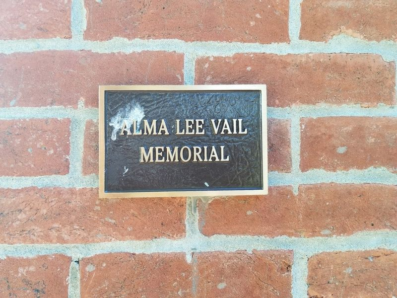 Alma Lee Vail Memorial image. Click for full size.