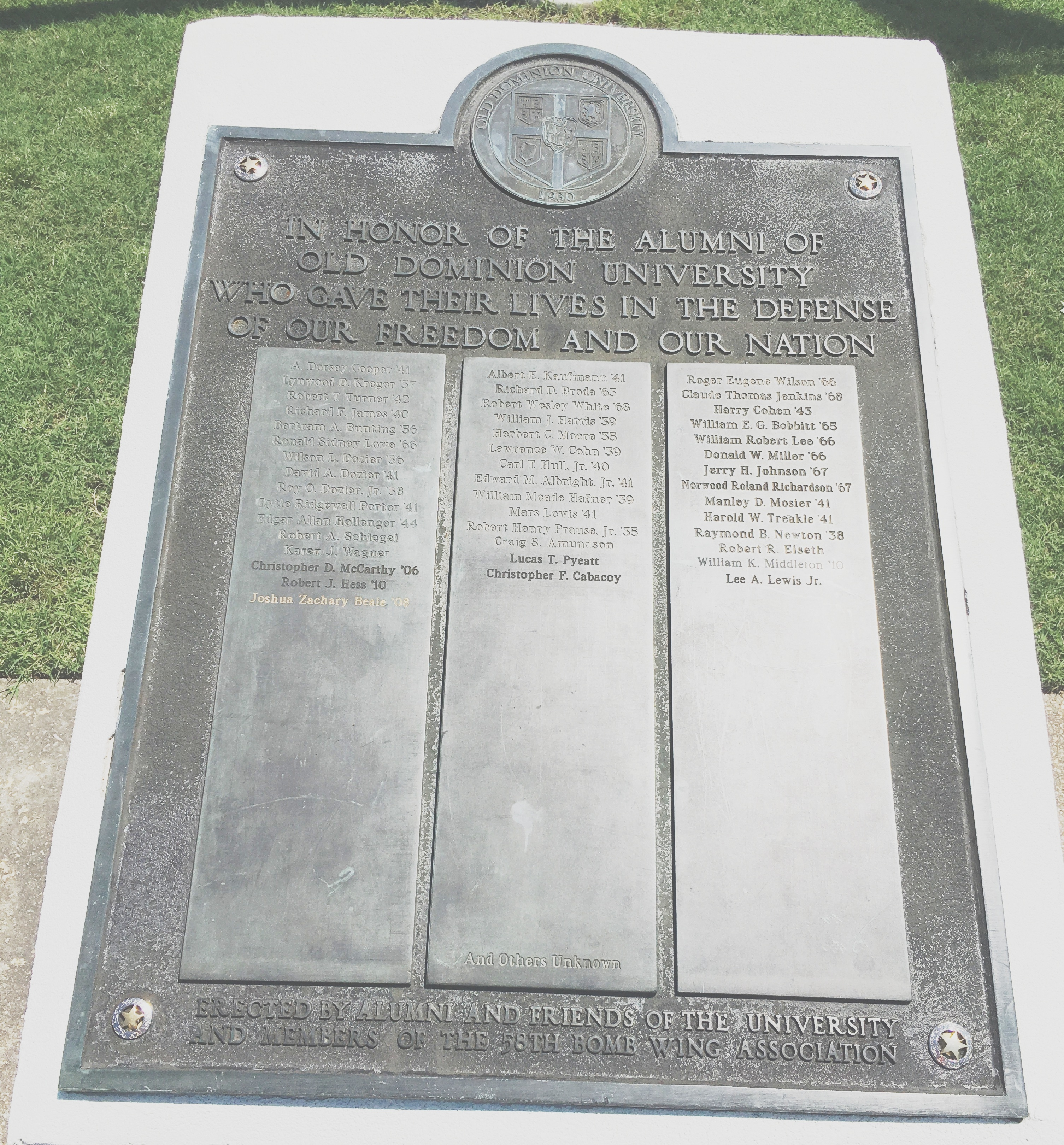 Alumni that Gave Their Lives for Country Marker