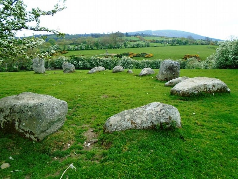 Clocha an Phiobaíre / Piper's Stones image. Click for full size.