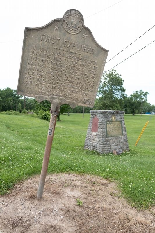 First Explored Marker and Old Kentucky Bridge Monument image. Click for full size.