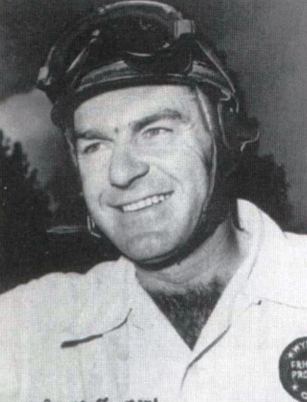 Curtis Turner, Sportsman race winner 1953 image. Click for full size.