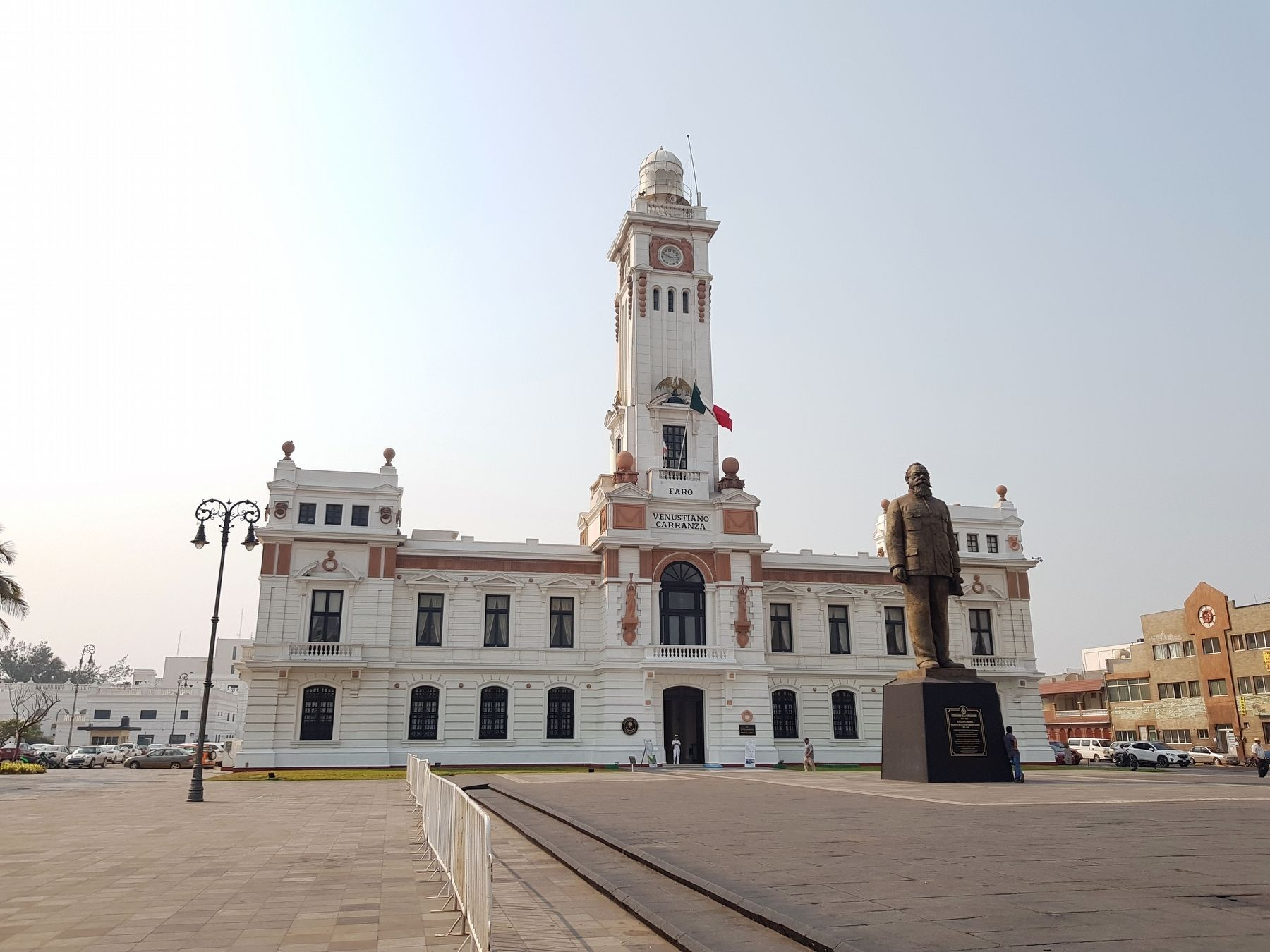 The Venustiano Carranza Lighthouse and Marker image. Click for full size.