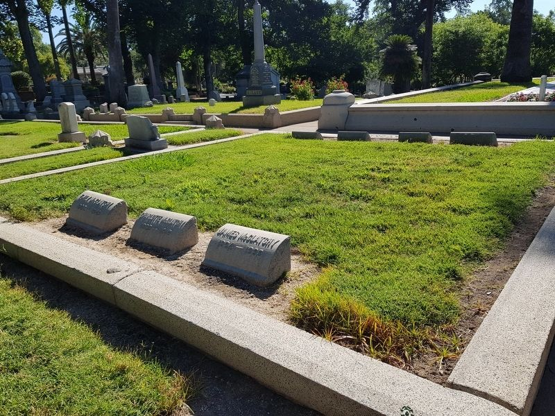 The James McClatchy grave, mentioned in the marker text image. Click for full size.