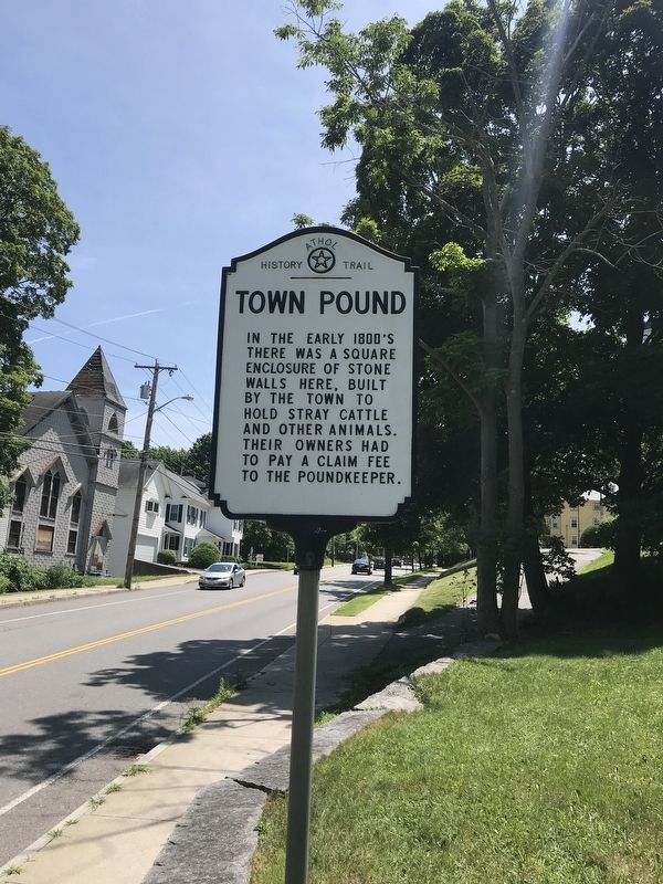 Town Pound Marker image. Click for full size.