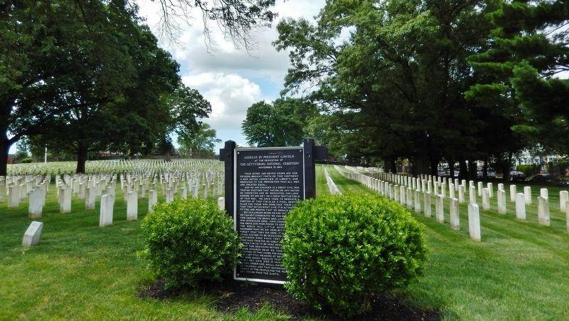 Address by President Lincoln Marker<br>(<i>wide view looking northwest across cemetery</i>) image. Click for full size.