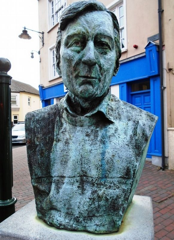 Peter Barry Bust image. Click for full size.