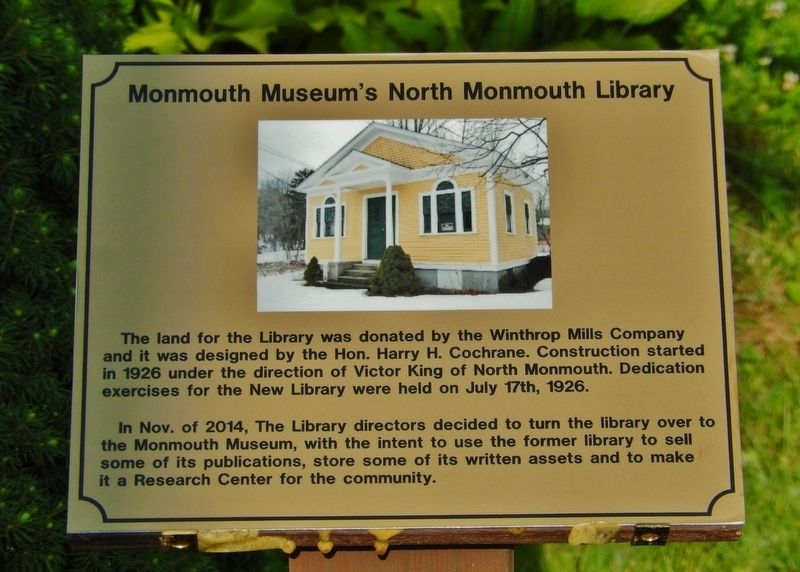 Monmouth Museum's North Monmouth Library Marker image. Click for full size.