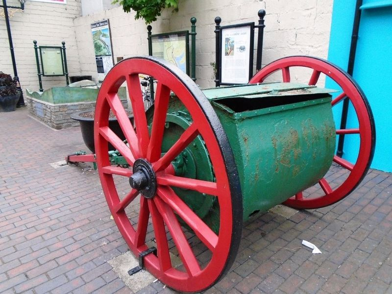 Tumble Cart image. Click for full size.