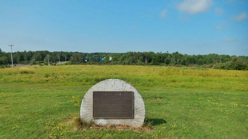 The Village of Jewett's Mills Marker<br>(<i>wide view • marker is mounted on an old millstone</i>) image. Click for full size.