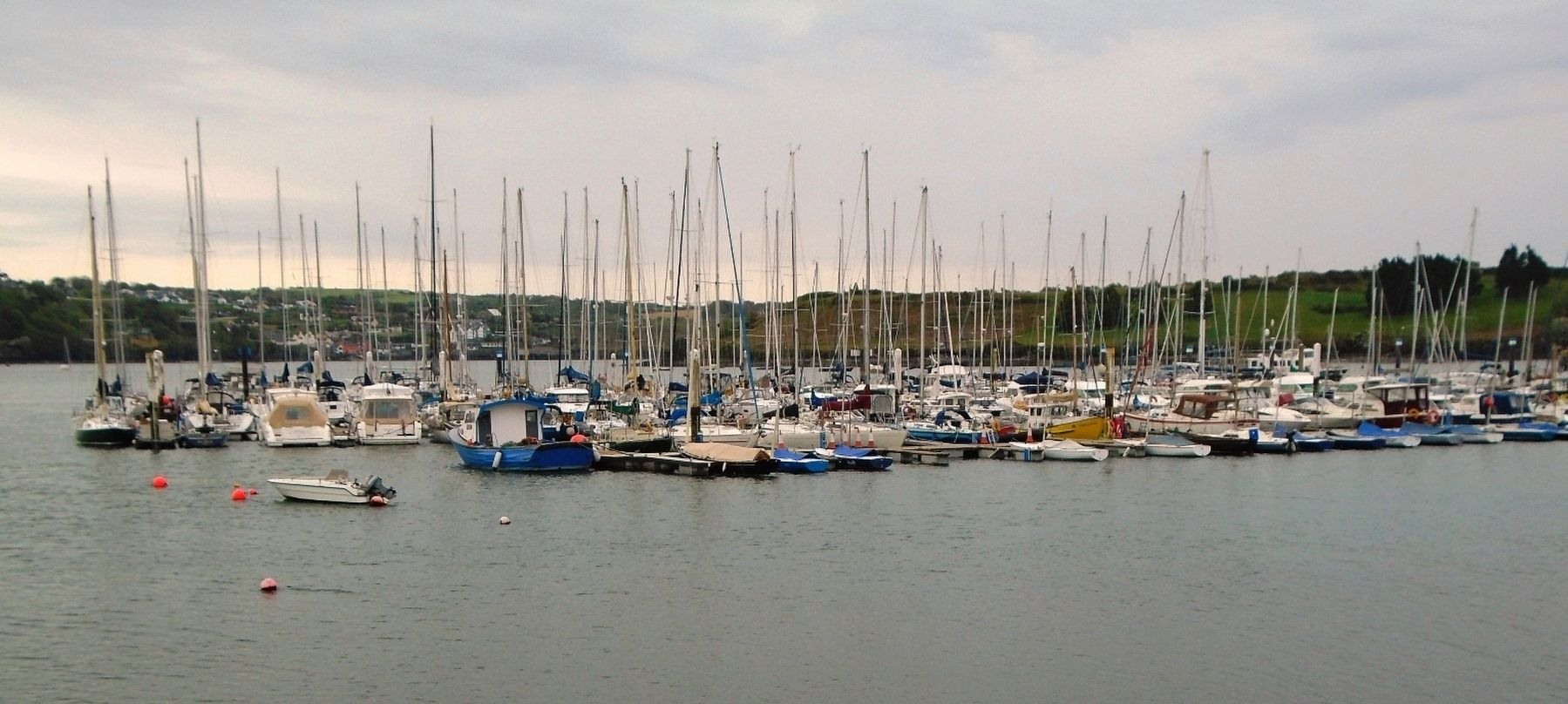 Kinsale Harbour image. Click for full size.