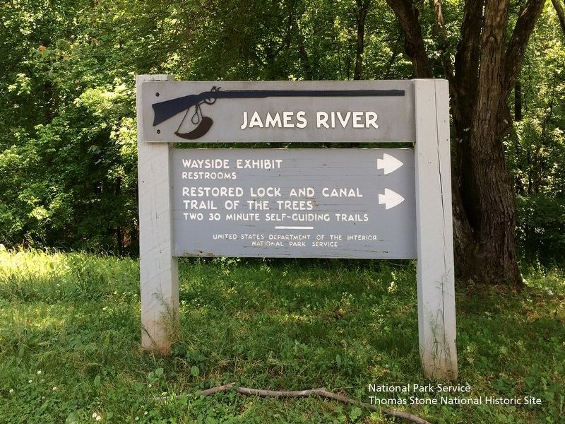 James River Visitor Center Entrance Sign image. Click for full size.