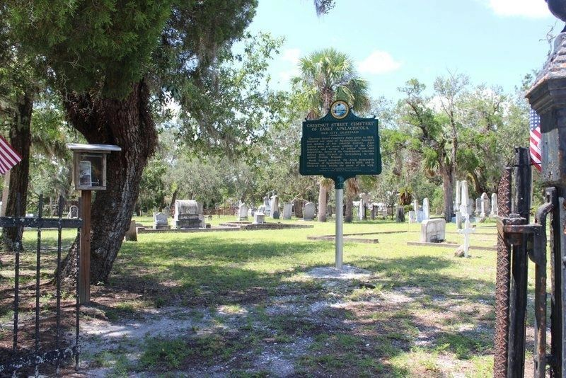 Chestnut Street Cemetery of Early Apalachicola Marker from entrance gate image. Click for full size.