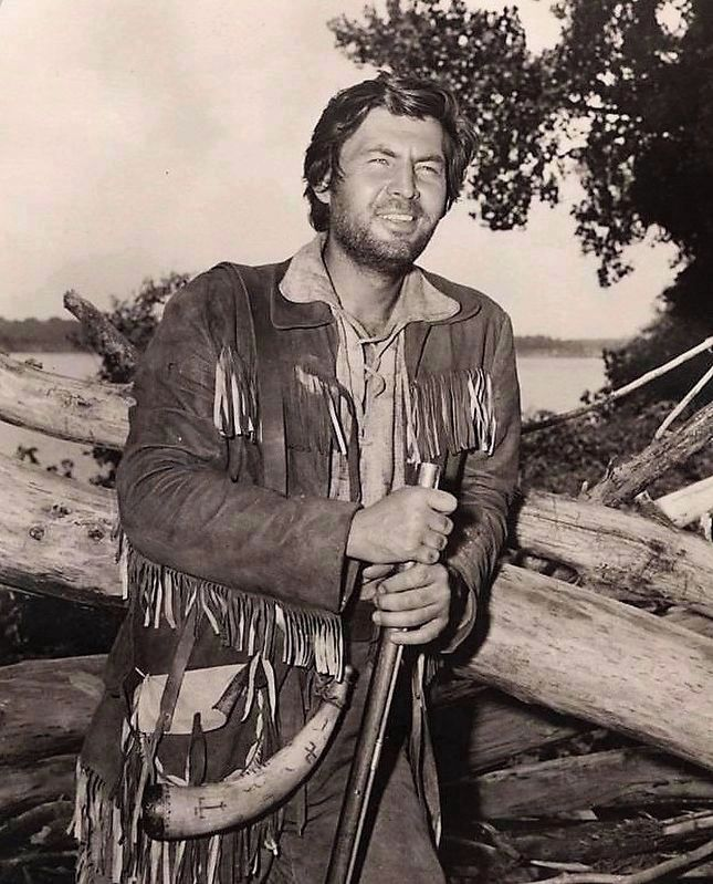 Fess Parker as Davy Crockett image. Click for full size.