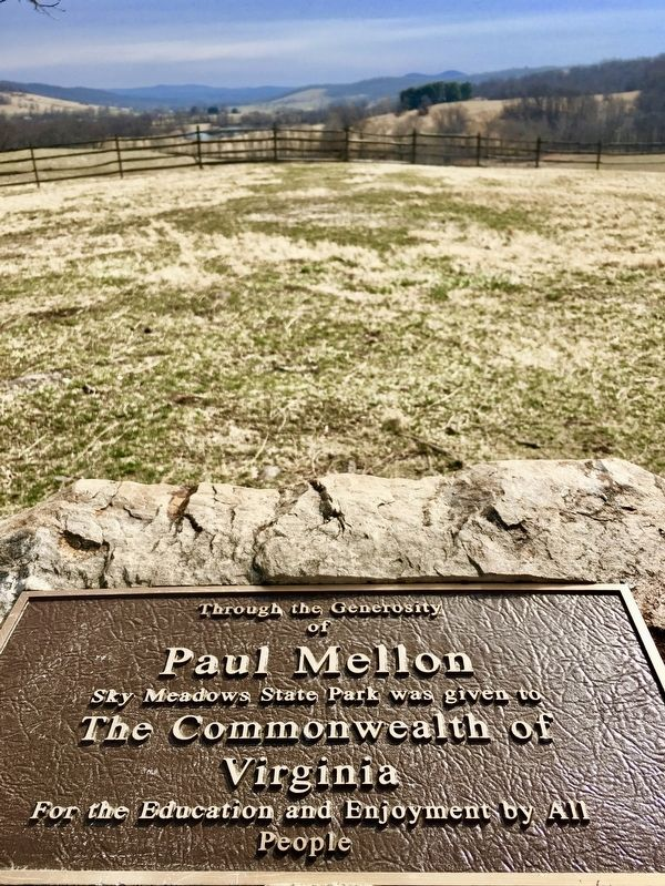 Plaque honoring Paul Mellon at Sky Meadows State Park image. Click for full size.