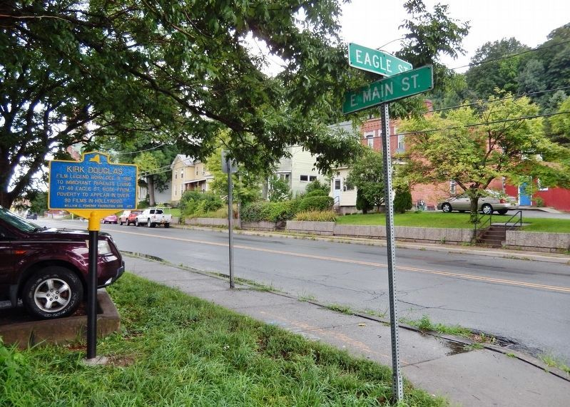 Kirk Douglas Marker<br>(<i>wide view looking northwest • Main Street in background</i>) image. Click for full size.
