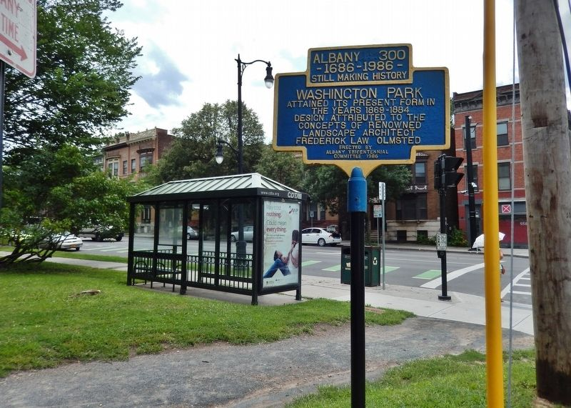 Washington Park Marker<br>(<i>wide view looking south • Madison Street in background</i>) image. Click for full size.