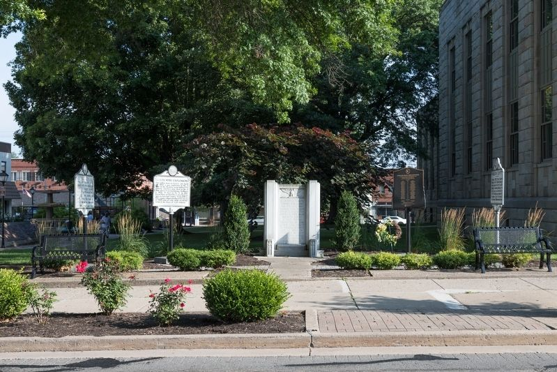 Four Markers and a War Memorial image. Click for full size.