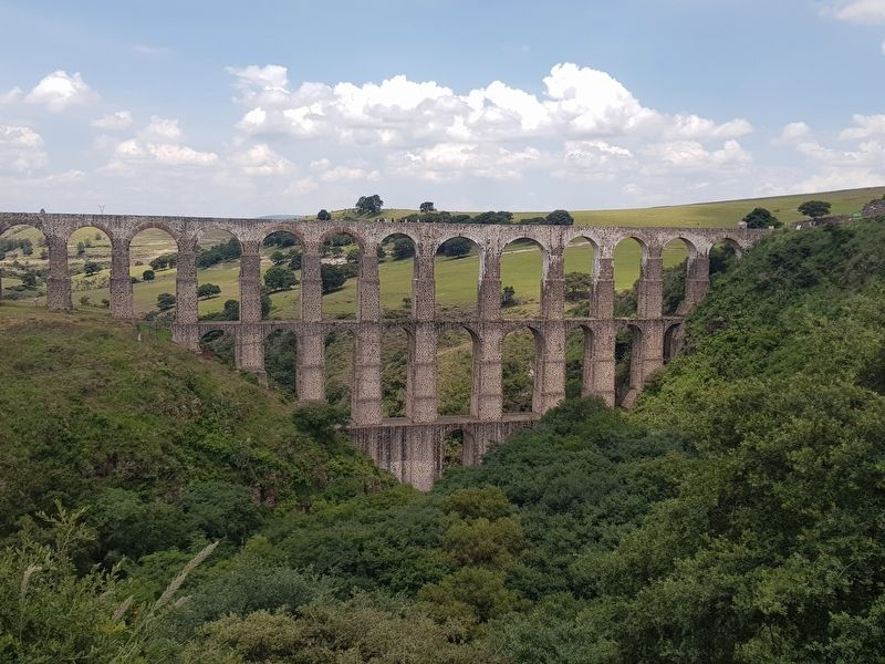 The Aqueduct of Xalpa image. Click for full size.