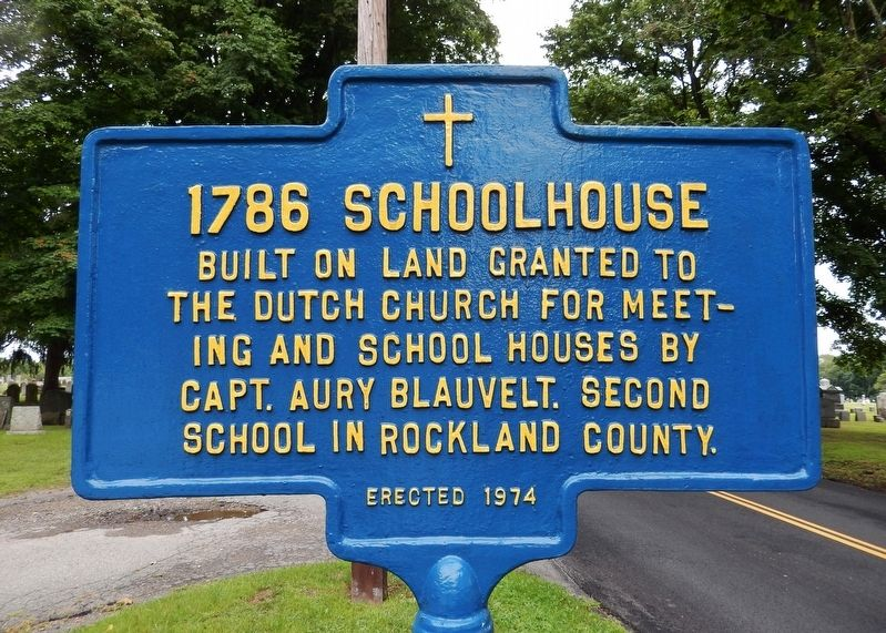 1786 Schoolhouse Marker image. Click for full size.