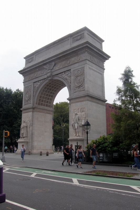 Washington Square Park feature image. Click for full size.