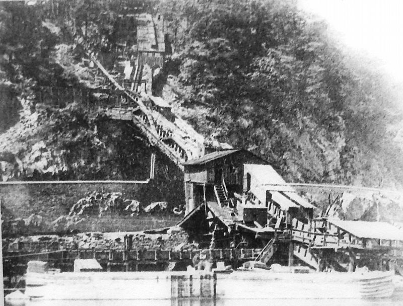 Marker detail: Inclined plane / switchback gravity railroad image. Click for full size.