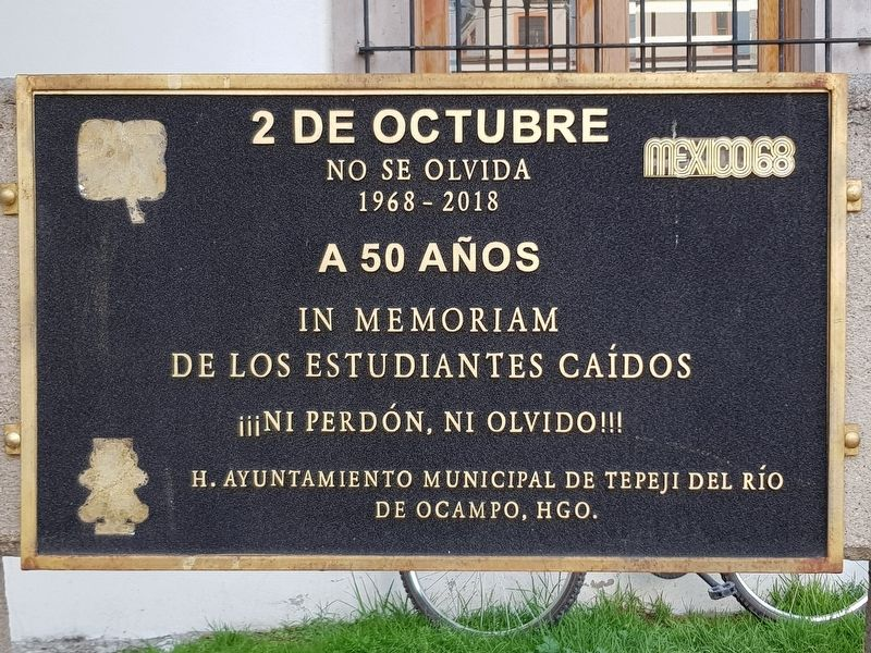 A nearby memorial to the 1968 massacre in Tlatelolco, Mexico City image. Click for full size.