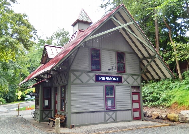 Piermont Station<br>(<i>northeast corner • view from near marker</i>) image. Click for full size.