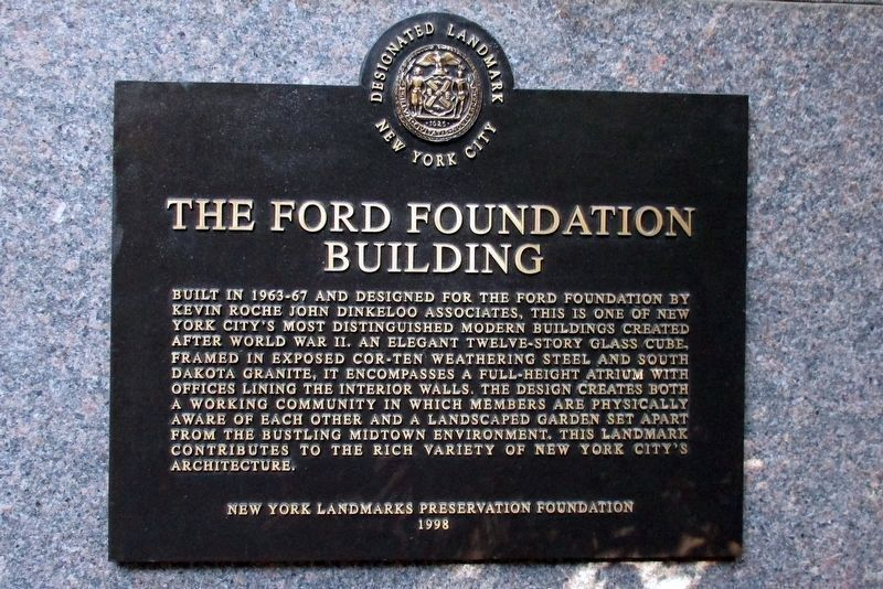 Ford Foundation Building marker from 1998 in the 42nd Street lobby image. Click for full size.