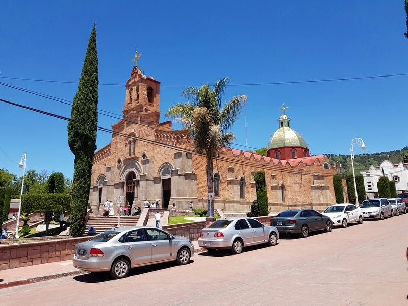 Parish Church of San Miguel Arcángel of Acambay image. Click for full size.