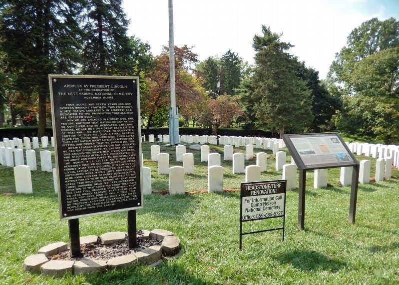 Address by President Lincoln Marker<br>(<i>wide view showing related marker & National Cemetery</i>) image. Click for full size.