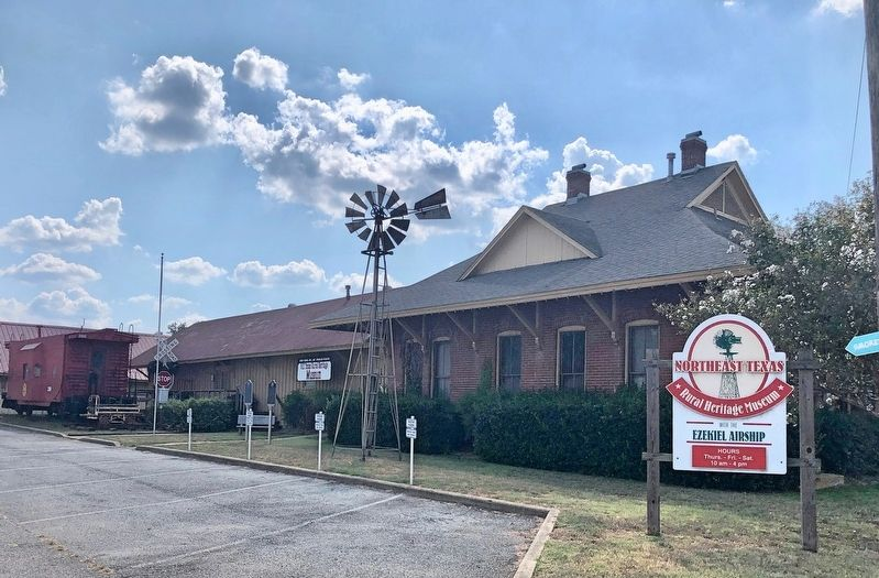 Cotton Belt Depot Marker at the image. Click for full size.
