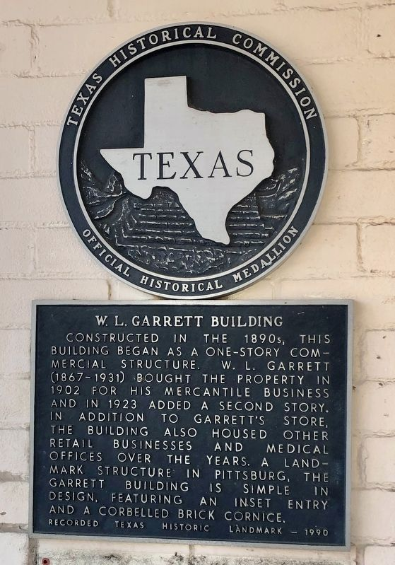 W. L. Garrett Building Marker image. Click for full size.