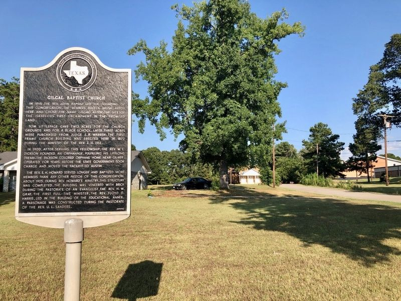 Marker with the Gilgal Baptist Church in background. image. Click for full size.