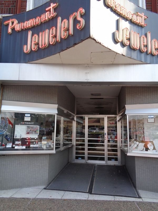 Paramount Jewelers image. Click for full size.