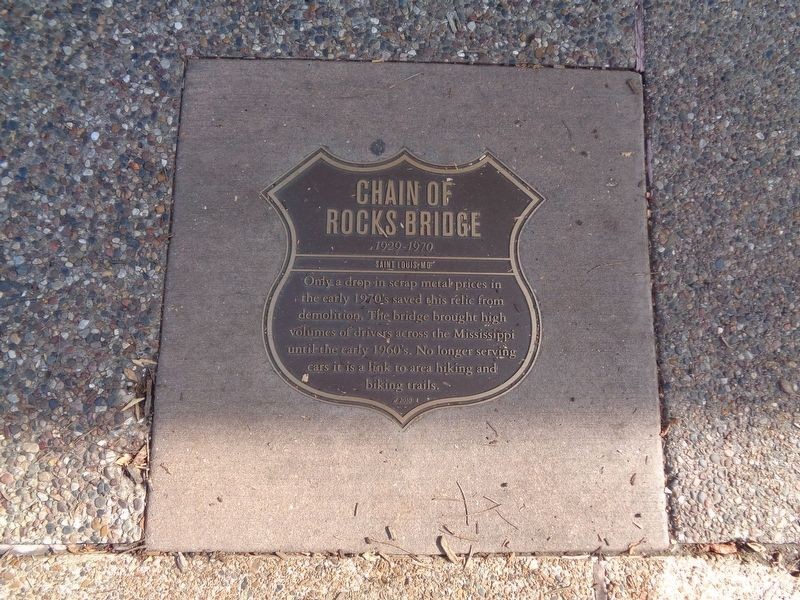 Chain Of Rocks Bridge Marker image. Click for full size.