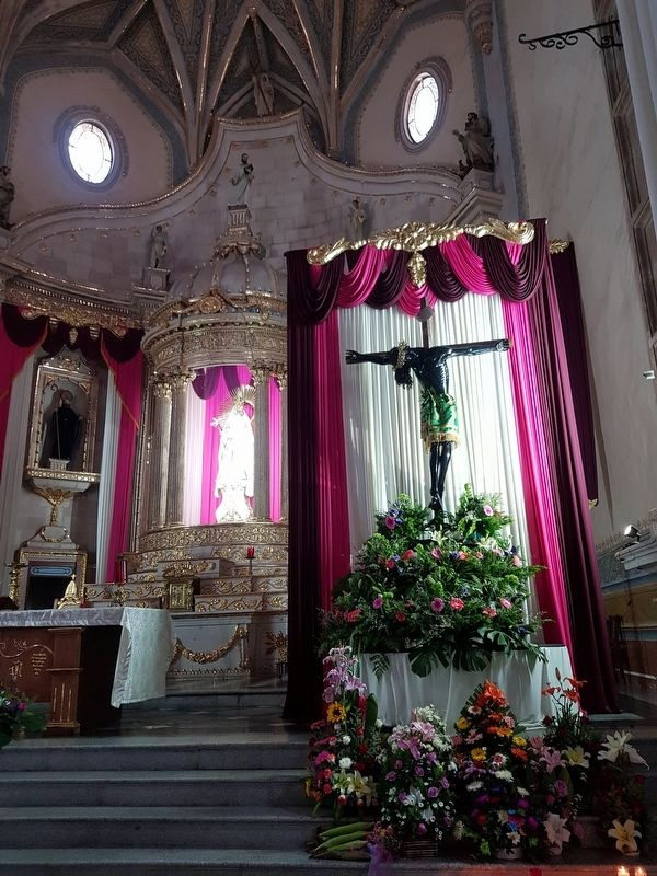 The altar and Black Christ at the Convent of Saint Augustine of Yuriria image. Click for full size.