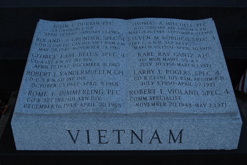 Louisville Vietnam War Memorial image. Click for full size.
