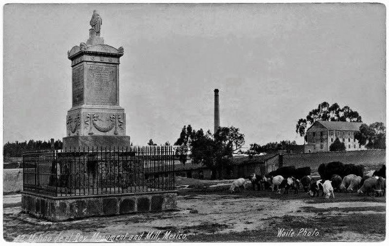Molino de Rey War Memorial in its original location image. Click for full size.