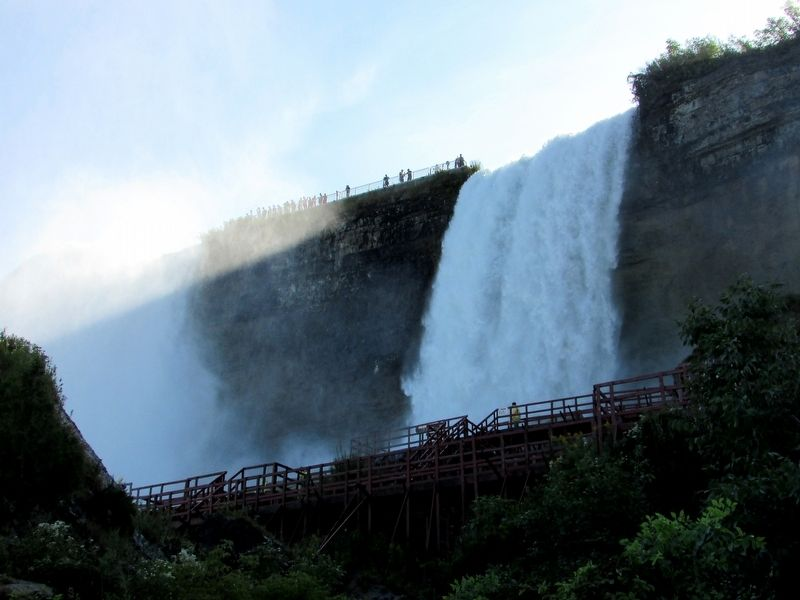 Bridal Veil Falls image. Click for full size.