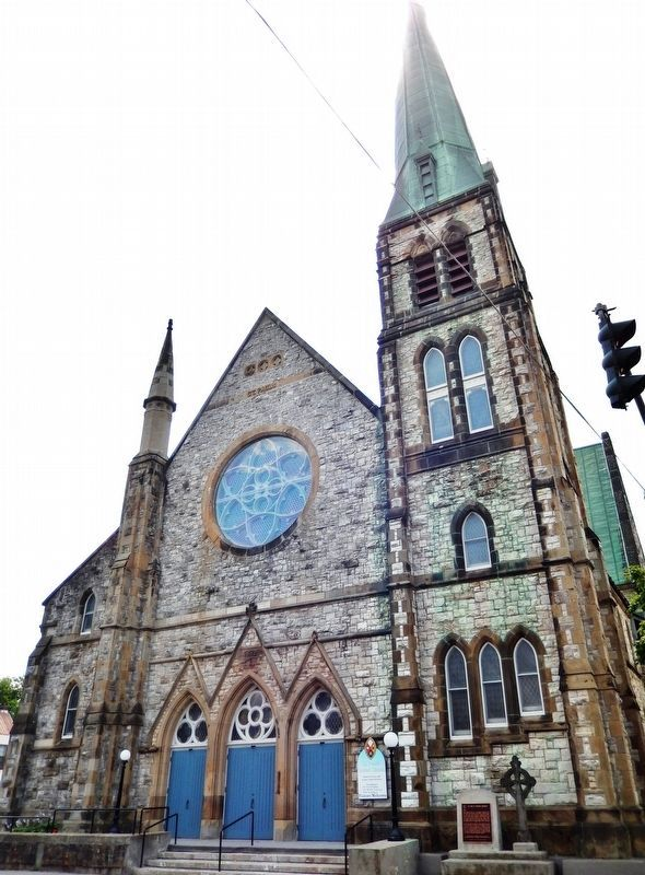 St. Paul's United Church (<i>north side</i>) image. Click for full size.