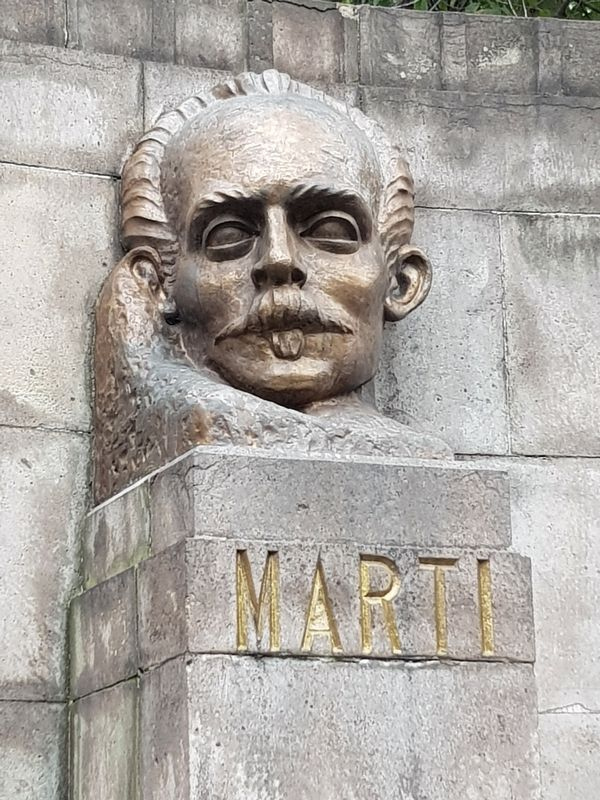 Bust from the Monument to José Martí image. Click for full size.