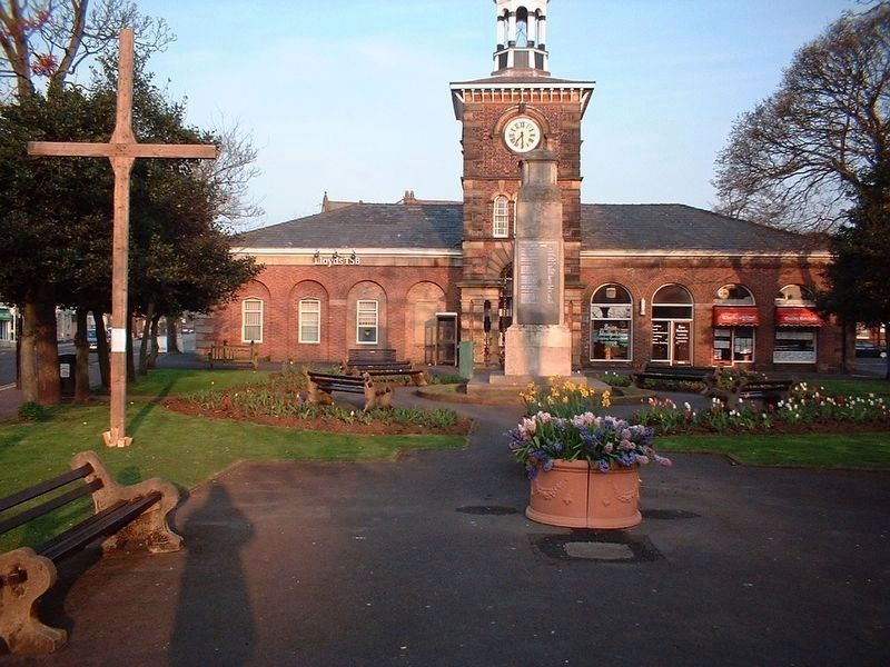 A Cenotaph and War Memorial in Lytham, Lancashire, England image. Click for full size.