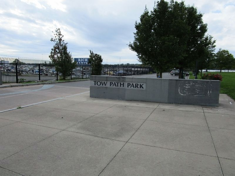 Tow Path Park Sign/Wall image. Click for full size.