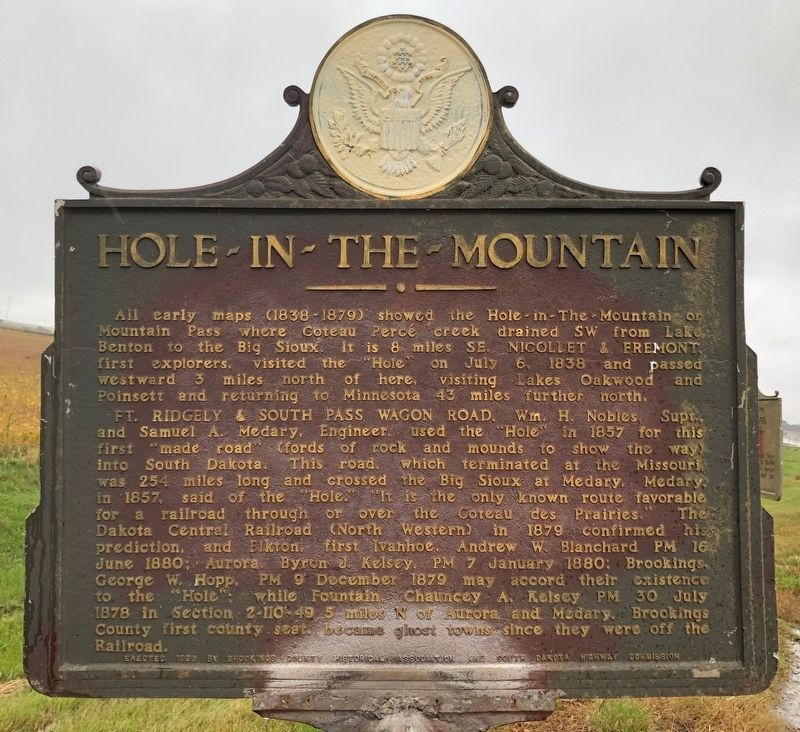 Hole-In-The-Mountain Marker image. Click for full size.