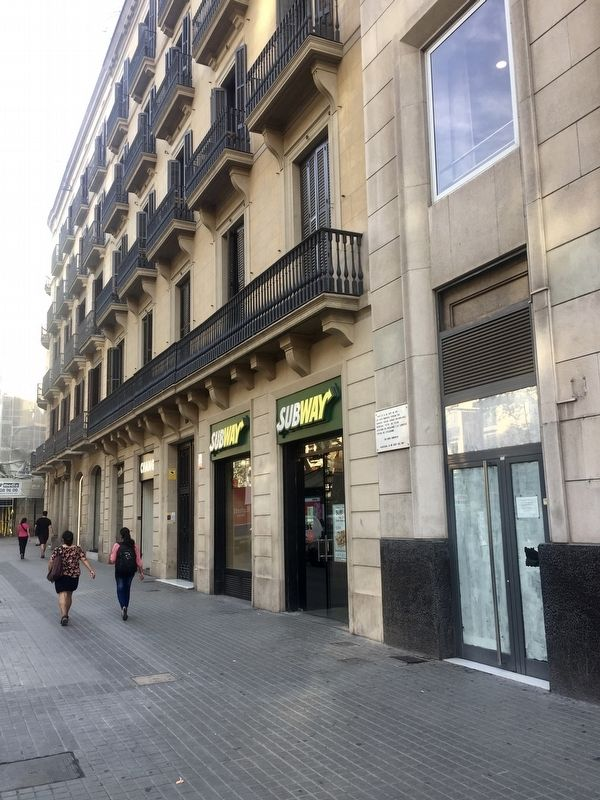Andreu Nin Marker - wide view, looking north on La Rambla image. Click for full size.