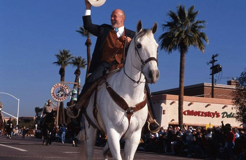 Herb Drinkwater, Mayor of Scottsdale, Rides in 1995 Parada del Sol Parade image. Click for full size.
