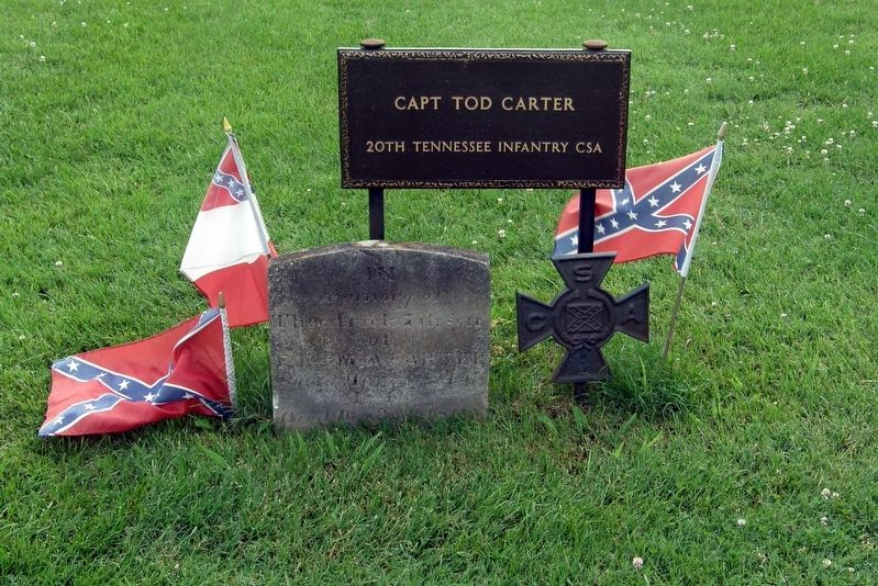 Captain Tod Carter gravesite image. Click for full size.