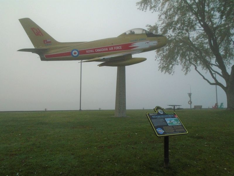 RCAF F-86 Golden Hawks Aerobatic Flight Team and Marker image. Click for full size.