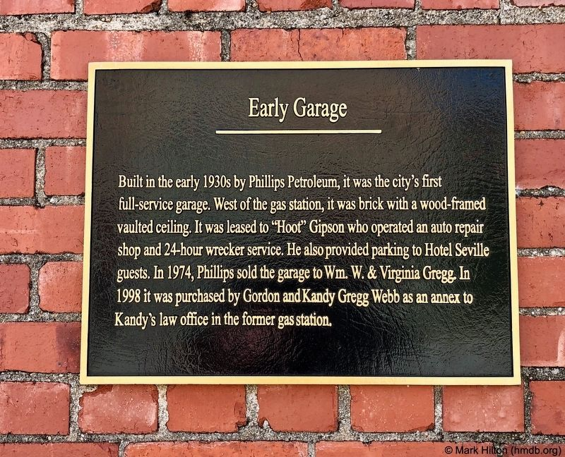 Early Garage Marker image. Click for full size.